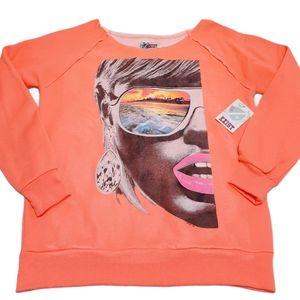 Exist Round Raw Collar Graphic Sweatshirt Size M